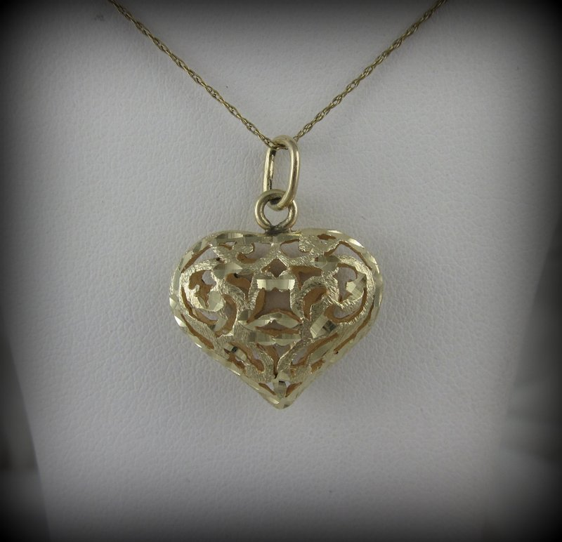 14kt Gold Heart Shaped Pendant